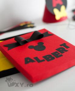 cutie cadou, cutie personalizata, cutie Mickey Mouse, cutie minnie, cutie Mickey, cutie lucrata manual, cutie cadou handmade, vixy.ro, cutie personalizata Mickey