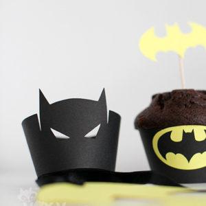 <!--:ro-->001_suport_cupcake_batman1<!--:-->
