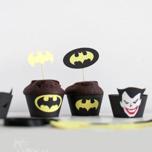 <!--:ro-->001_suport_cupcake_batman2<!--:-->