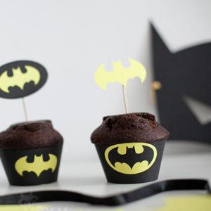 <!--:ro-->001_suport_cupcake_batman4<!--:-->