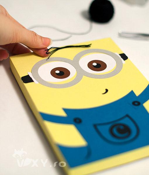 Cutie handmade Minion, Cutie pentru Kindle cu Minion, Cutie cadou handmade book reader Nook