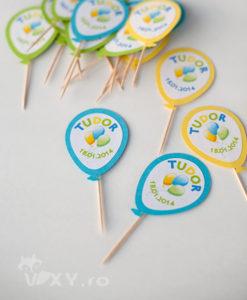 stegulete prajituri baloane, stegulete cu baloane, cupcake baloane colorate, cupcake baloane
