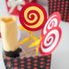acadele decor, acadele colorate pentru decor, acadele realizate manual, petreceri tematice, papetarie petrecere copii, petreceri personalizate copii, botez tematic acadele, vixy.ro, acadele decorative