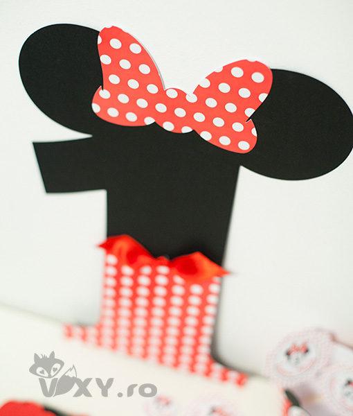 cifra personalizata Minnie, cifra Minnie, cifra aniversara Minnie, Minnie Mouse, vixy.ro, petreceri tematice Minnie, botez tematic, cifra Minnie Mouse
