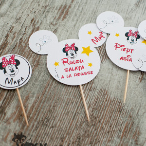 etickete prajituri tema Minnie Mouse, etichete pentru food bar personalizate, petreceri tematice, Mickey Mouse, Minnie Mouse, etichete candy bar, etichete personalizate, candy bar, vixy.ro, tema Mickey Minnie